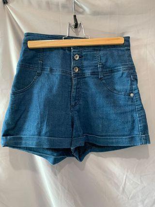 🚚 Heather 三釦高腰中藍色牛仔短褲