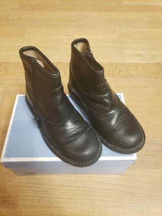 Jacadi black ankle boots (size 28)