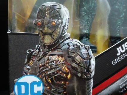 🚚 絕版 DC 6吋 Multiverse 正義聯盟  蝙蝠俠 超人 閃電俠 水行俠 荒原狼 天啟魔 parademon