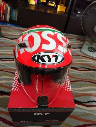 Helmet KYT Rosso