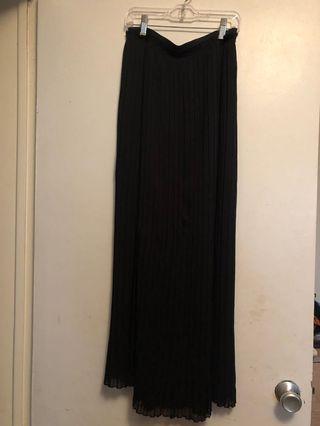 ZARA Trafaluc Chiffon Pleated Skirt