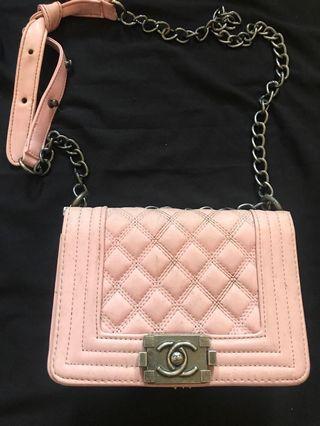 Sling bag channel pink