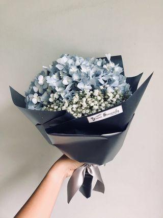🎓 Graduation bouquet // Hydrangea bouquet