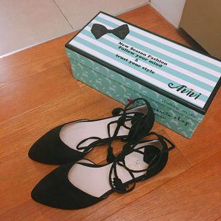 🚚 降‼️免運 全新現貨 Avivi 微尖頭 顯瘦綁帶麂皮平底跟鞋 芭蕾舞鞋 繞踝 (黑)