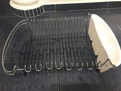 Dish drainer