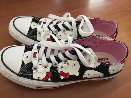 2092efec1585  Limited Edition  Hello Kitty Sneakers Converse All Star