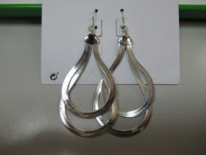 全新 兩層 扁鏈 銀色 金屬 耳環