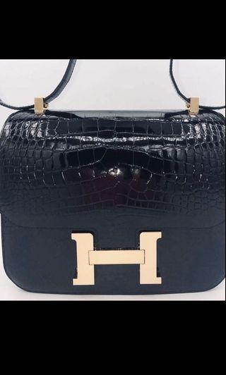 🚚 Hermes Constance 24 in Black Shiny Alligator