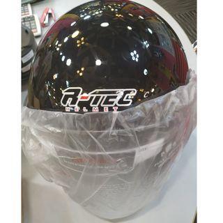 Brand New In Box R-Tec Motorcycle Helmet