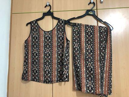 🚚 Matching batik top and skirt