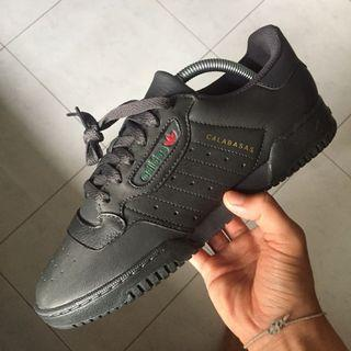 US8 Adidas Yeezy Powerphase