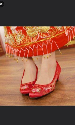 Traditional wedding red shoes #ENDGAMEyourEXCESS