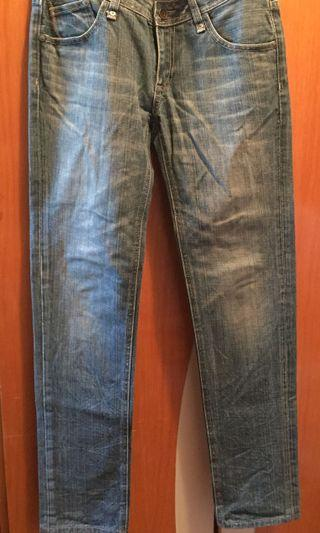 牛仔褲jeans