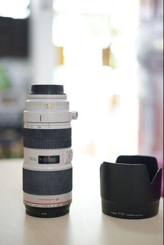 🚚 CANON 70-200mm f2.8 IS II Telephoto lens