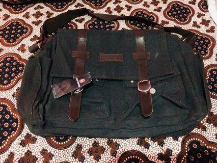 Tas selempang/ sling bag Polo Winstar