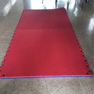 Thick mats, 2 pieces, baby safety