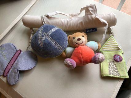 Kaloo 掛床玩具
