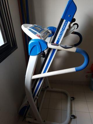 Treadmill (foldable)