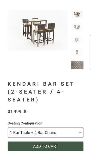 Boulevard bar table set
