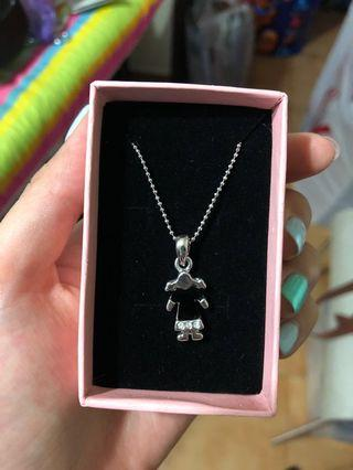 🚚 Little girl necklace