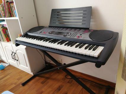 🚚 Casio Keyboard LK-35