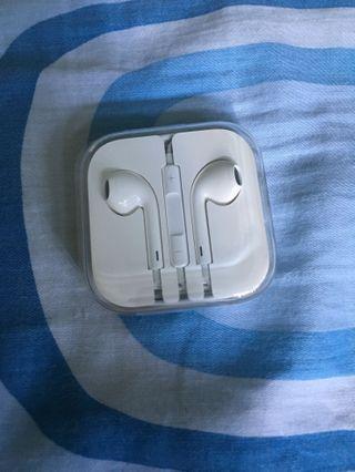 🚚 Apple Earpods