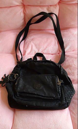 Kiplings mini backpack /sling bag (2way)