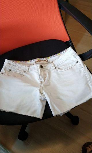 Billabong白色牛仔褲