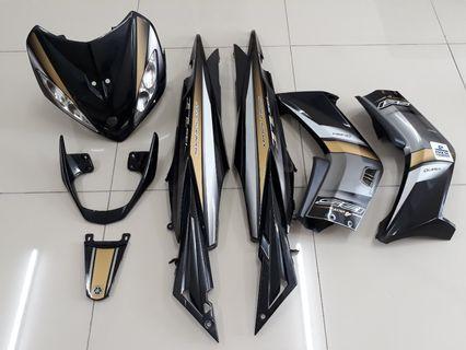 Yamaha lc135 gold black cover set