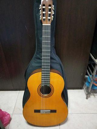 🚚 Yamaha guitar
