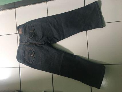 Celana jeans 7/8 wanita