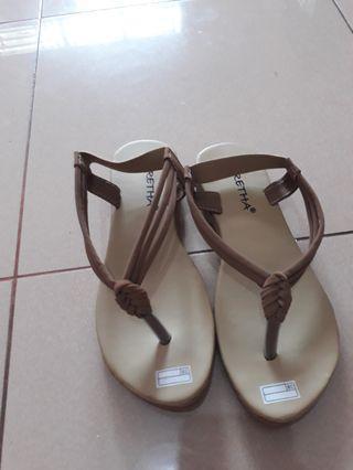 Sandal santai // sepatu sandal