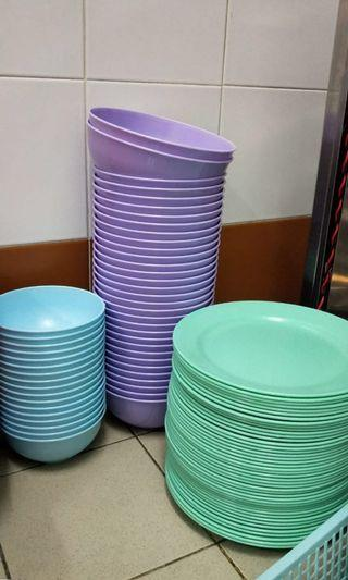 🚚 Bowls and Plates