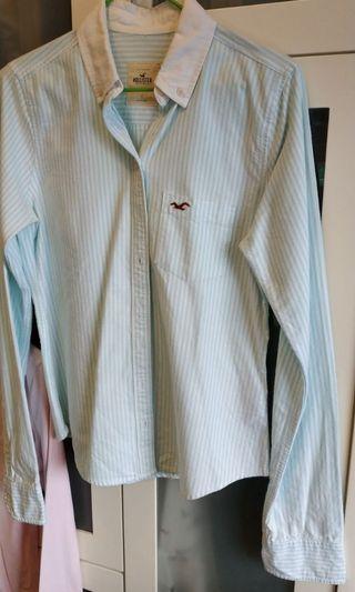 Hollister淺藍色間條恤衫