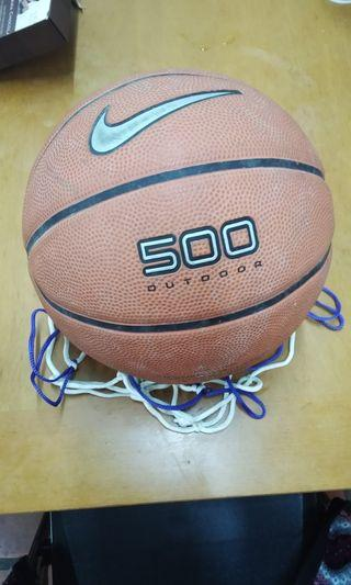 🚚 耐吉Nike 5號籃球