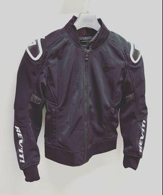 Revit traction mesh jacket