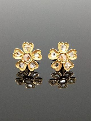 Vintage Peranakan Straits Chinese Nyonya 18K Gold Intan Stud Earrings flower motif