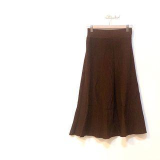 🚚 ✔️簡約咖啡色挺版自然垂墜針織長裙