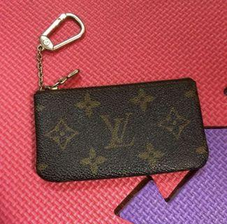 100% authentic Louis Vuitton monogram cles