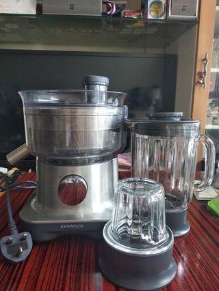 Kenwood  2 合1 榨汁攪拌机 (1公升)  FPM270   Kenwood 2 in 1 Juicer and Blender  (1 Litre) FPM270