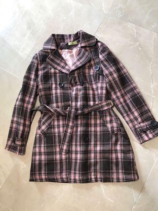 意大利製造🇮🇹 Italy made 粉紅色全里孖襟束腰格仔外套 pink checkered trench coat