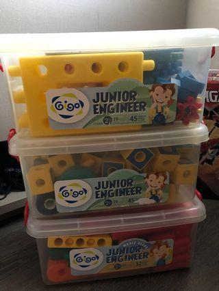 🚚 Junior engineer 3 sets to build more