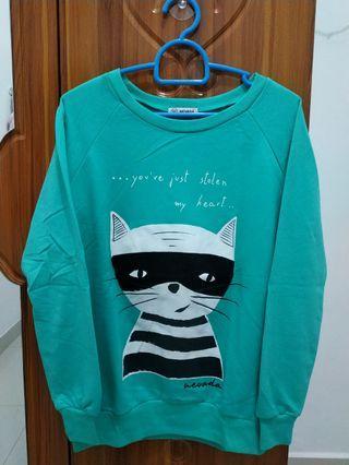 Sweater Hijau Nevada