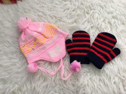 Knitted hat and glooves for baby 1 year