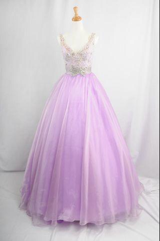 萊克二手禮服  薰衣草紫深V雙肩帶珠工後美背上身搭配素紗澎裙晚禮服