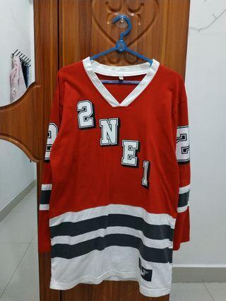 Baju/Sweater Panjang 2NE1