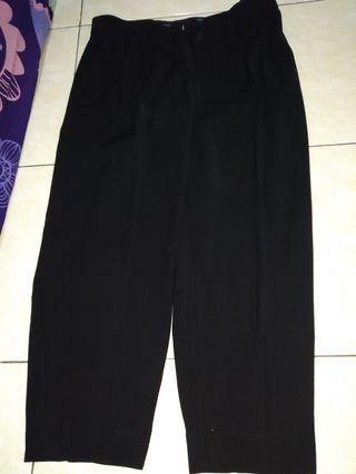 Celana bahan hitam pria
