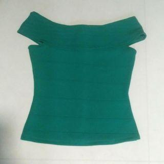 🚚 emerald green off shoulder classic top