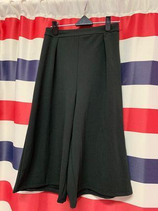 🚚 黑色寬褲