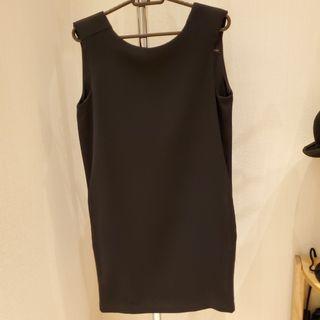 Zara sleeveless black dress 斯文裙